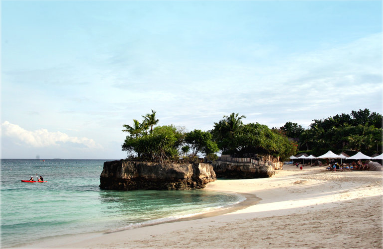 Shangrila Mactan, Cebu - Photo by James Deakin of Pbase