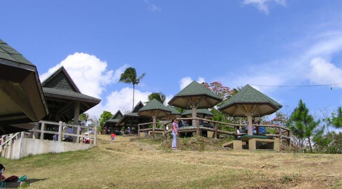 Picnic Groove - Tagaytay City
